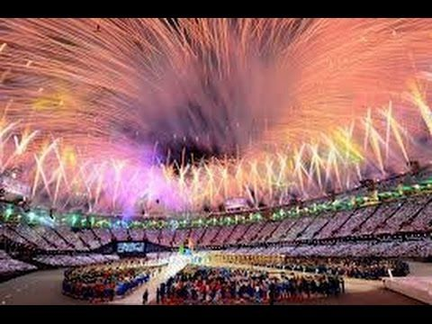 ▶ Glasgow 2014 Commonwealth Games Opening Ceremony Pictures Queen opening Commonwealth Games 2014 - YouTube