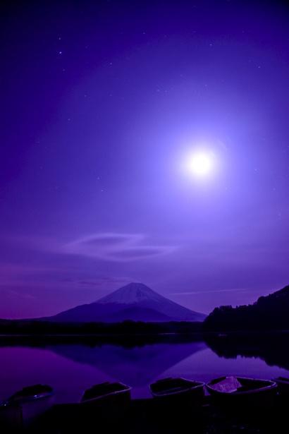 Night sky, Lake Shoji and Mount Fuji, Yamanashi, Japan