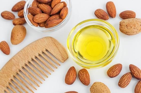 Aceite De Almendras Para El Cabello Beneficios Y Cómo Usarlo En 2020 Aceite De Almendras Para El Cabello Aceite De Almendras Almendras