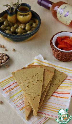 Сокка /       Нут(или мука из нута) — 125 г     Вода(охлажденная) — 250 мл     Масло оливковое(3 ст.л. - в тесто и 1 ст.л. - для выпечки) — 4 ст. л.     Специи(соль, перец, по вкусу)
