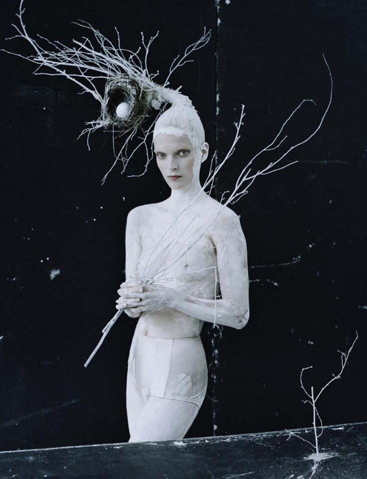 Mirte Maas by Tim Walker for Vogue Italia May 2015 3
