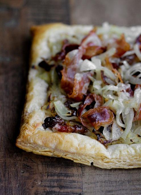 - VANIGLIA - storie di cucina: sfoglia salata con cipolle caramellate e pancetta croccante