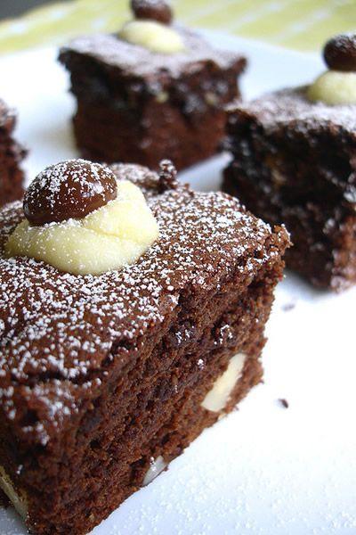Bolo de chocolate húmido com fécula de batata