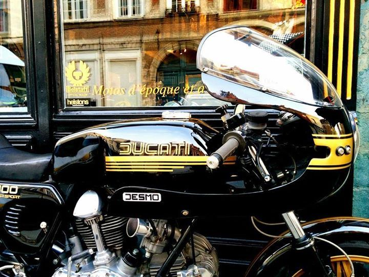 pinterest.com/fra411 #classic #motorbike #ducati desmo