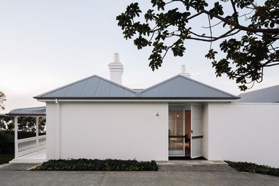 Harbour Edge House – 1910 (reworked) | Fearon Hay Architects – Auckland, New Zealand