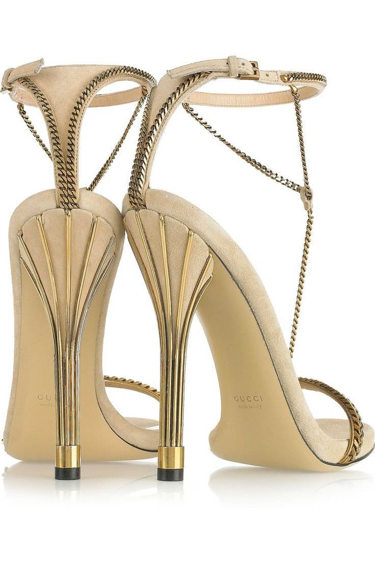 GUCCI Chain-trimmed suede shoes - These heels are everything!