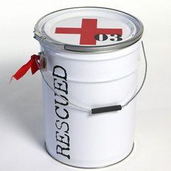 Opbergblik Rescued!no3 , wit met rood kruis