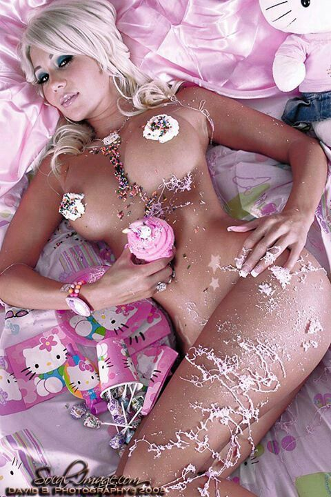 Sexy naked women with cake