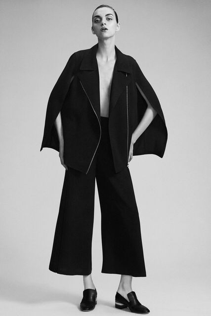 Chic Minimalist Style - cape jacket & black  trousers // Yigal Azrouel Resort 2016. fashion, trend, clothing, tailoring fashion, designer, tailored garment, minimal, minimalist