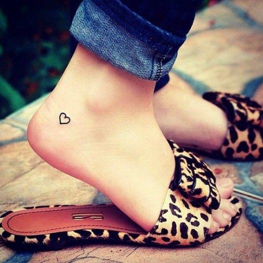 Hartje op je voet - 24 x de leukste hartjes tattoos - Nieuws - Lifestyle