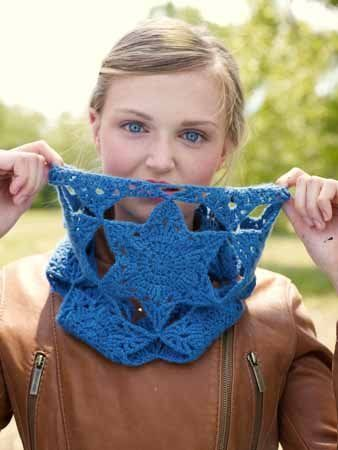 Crochet Star Motif Cowl