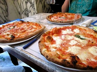 Pizza Margherita - A Caprese must.