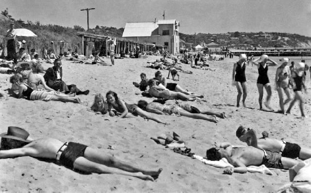 Frankston Beach, Victoria, Australia 1940