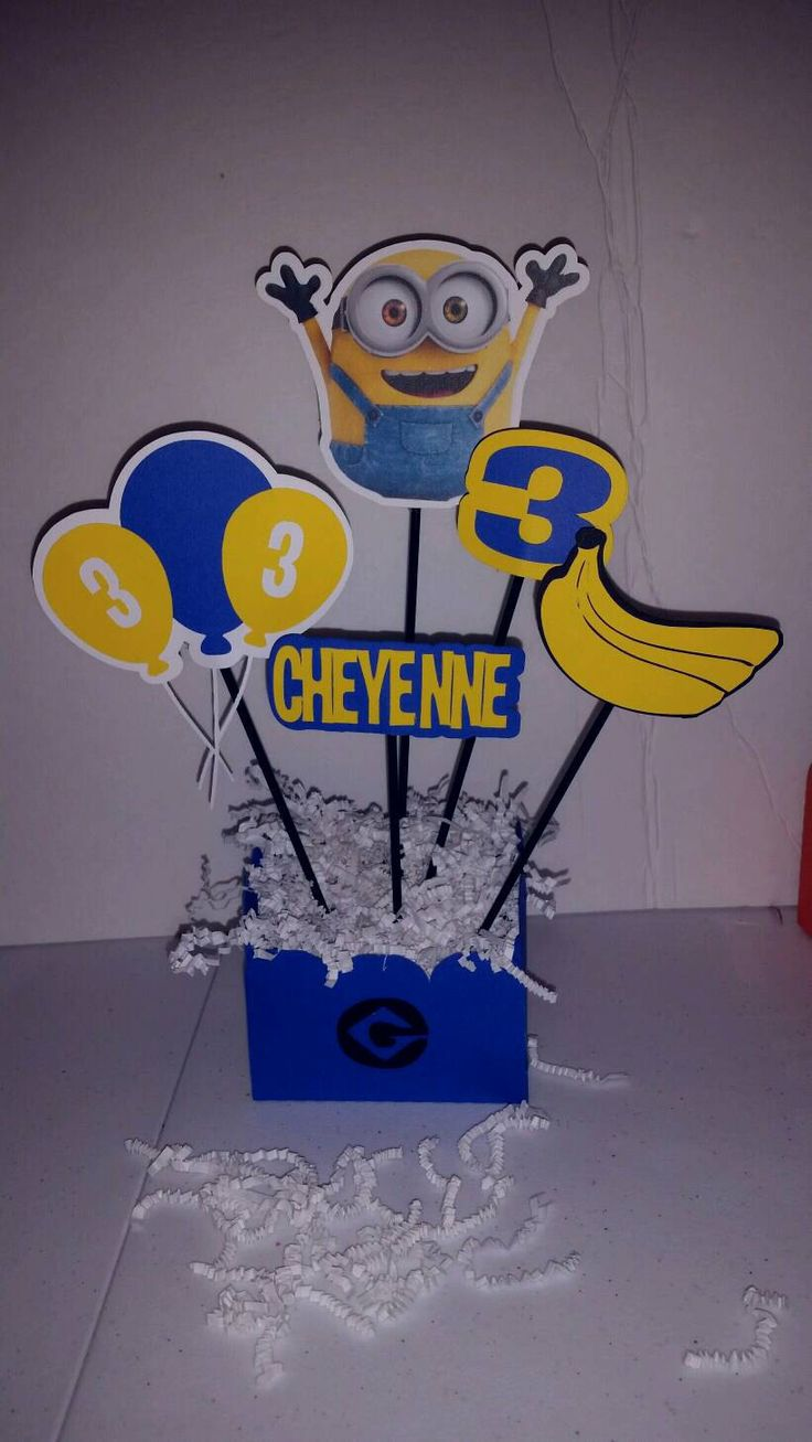 Minion Birthday Party Centerpieces. Minion Party Decorations. Despicable Me Party, Minion Birthday by VannessasCreations on Etsy https://www.etsy.com/listing/467420387/minion-birthday-party-centerpieces