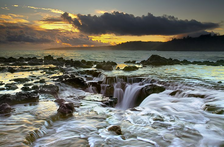 On the North Shore of Kauai, Hawaii, lies a large powerful whirlpool, called a maelstrom. Amazing images taken by Patrick Smith.