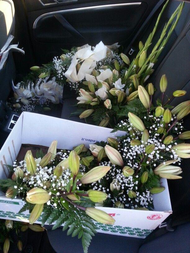 Te llevo las #flores de una #boda.........y también las de un #entierro. #Taxi #Nigrán #María #653736754