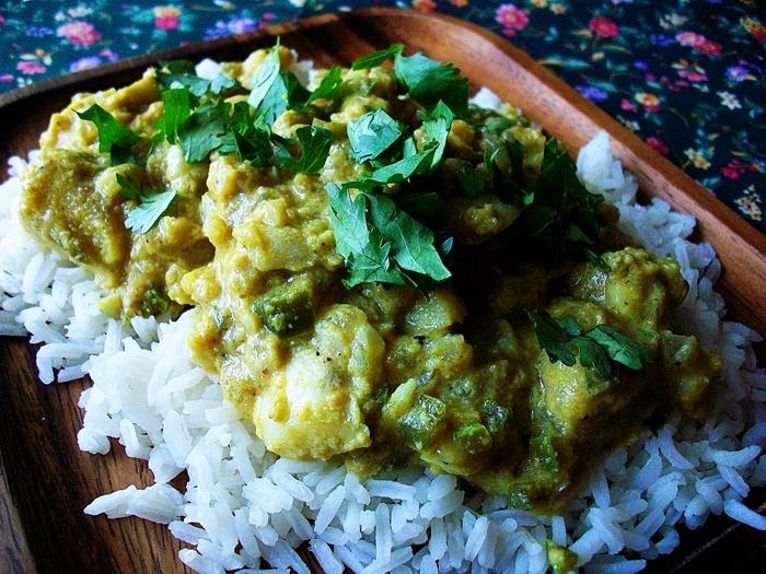 Fish with indian yogurt sauce recipe adapted from fish in for Yogurt sauce for fish