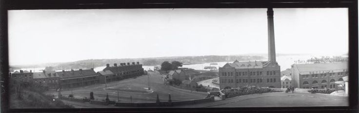 Lower Fort Street Millers Point and The Earth Exchange, Metcalfe Bond Store Northern Section - 1920-1939