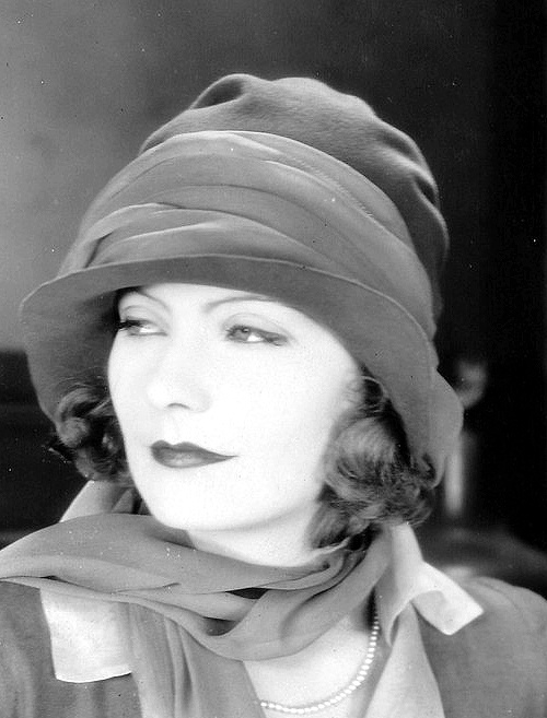 Greta Garbo - 1927......Uploaded By  www.1stand2ndtimearound.etsy.com