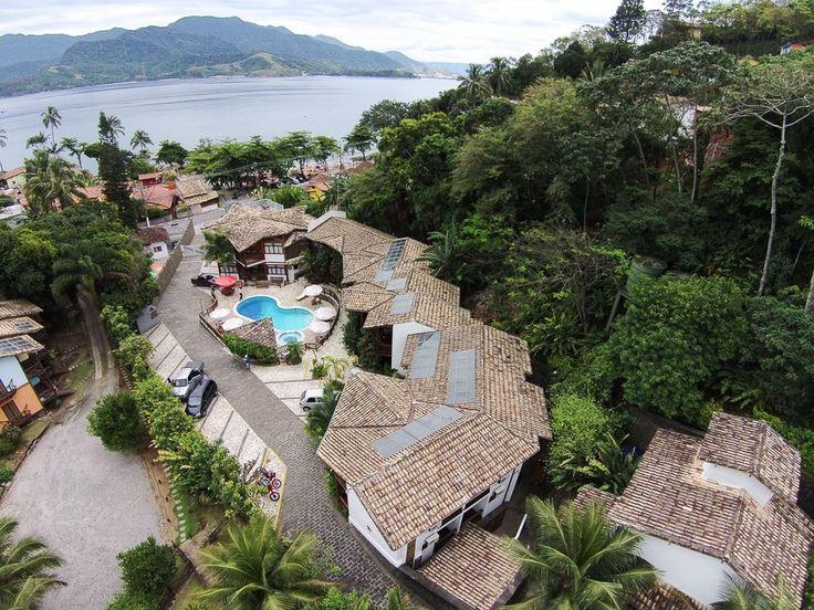 Hotel Praia do Portinho - Ilhabela, SP  Localizada em frente ao santuário marinho da Ilhabela, a Praia do Portinho, esta propriedade 4 estrelas dispõe de acomodações modernas com varanda, piscina aquecida e estacionamento e WiFi, ambos gratuitos.  Endereço: Av. Riachuelo, 11 - Portinho, Ilhabela - SP, 11630-000 Telefone: (12) 3894-9400  http://www.pousadapraiadoportinho.com.br/  http://www.booking.com/hotel/br/pousada-praia-do-portinho.pt-br.html