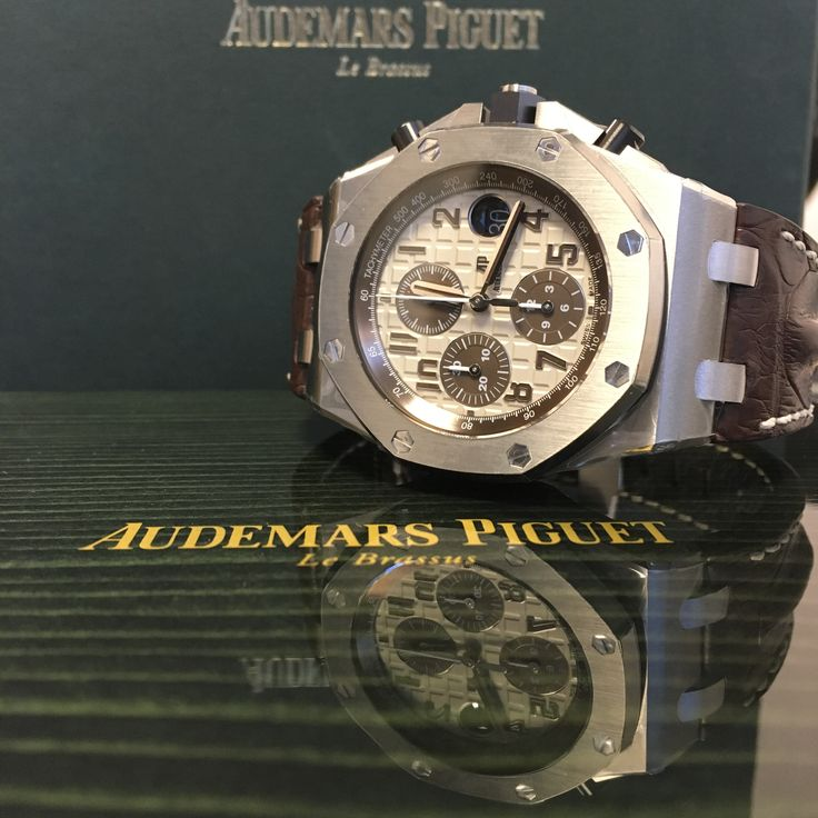 The weekend is approaching! Audemars Piguet Royal Oak Offshore 'Safari'  ? Available now!
