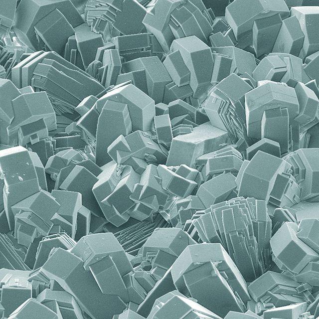 Ceramic Chargefree SE-image / electron microscope images via FEI via @Ben Silbermann Silbermann Silbermann Golder