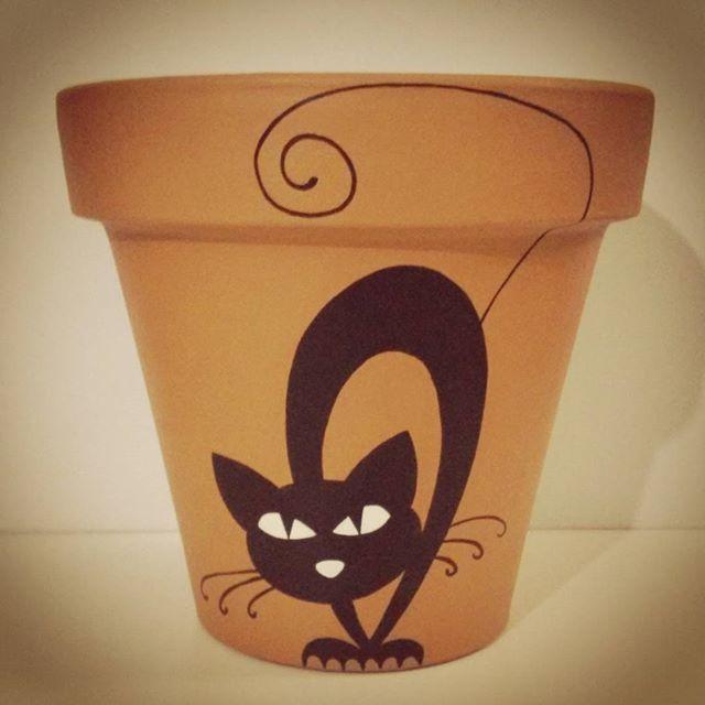 Me pareció haber visto un lindo gatito #macetaspintadas