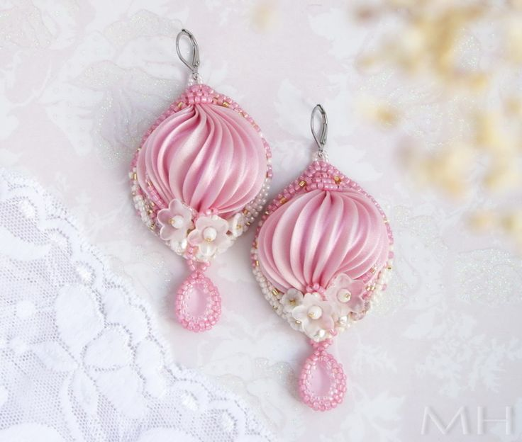Shibori ribbon silk earrings, beadembroidery, náušnice