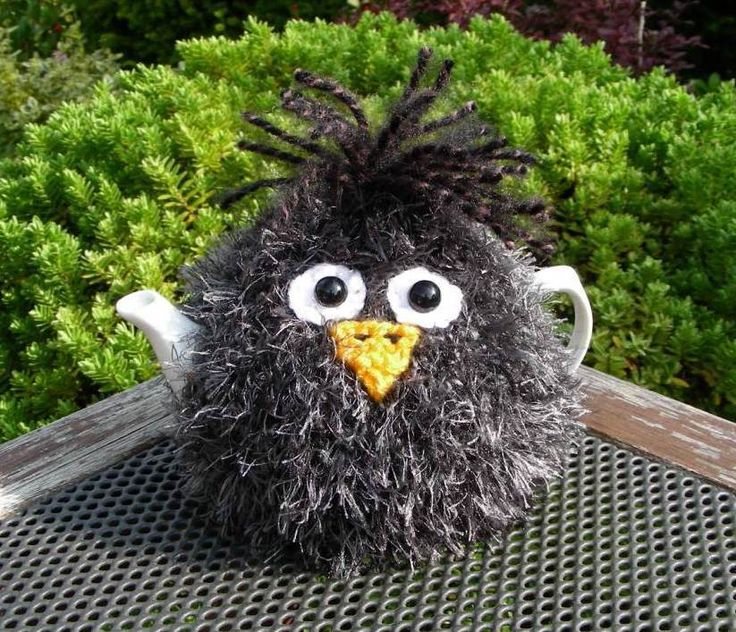 Hand Knitted Fluffy Blackbird Tea Cosy – for small 2 cup teapot in Home, Furniture & DIY, Cookware, Dining & Bar, Tableware, Serving & Linen | eBay