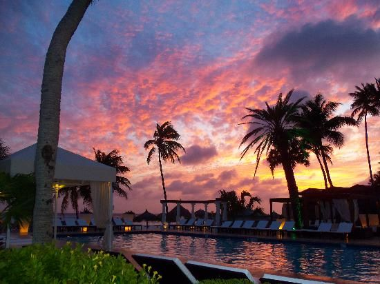 Divi Aruba All Inclusive: Sunset at the Divi