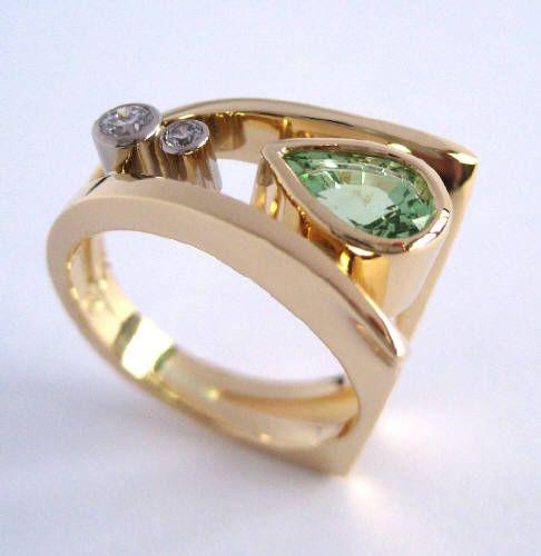 Susan Kun MINT GARNET & DIAMOND RING / Canada House Gallery