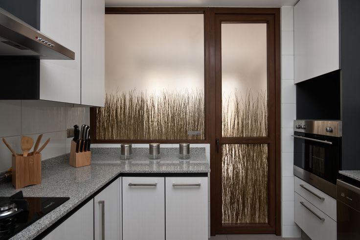 A decoração de cozinhas também ganha personalidade com a linha Organics da 3form.