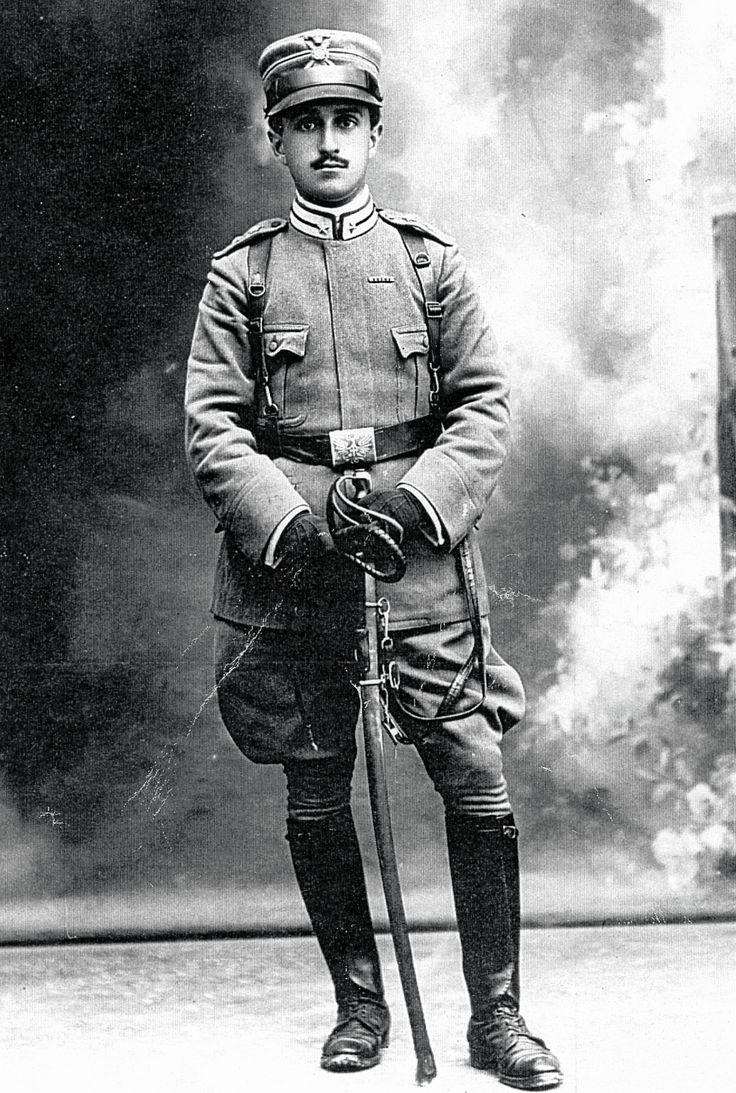 Il Capitano Arturo Busto