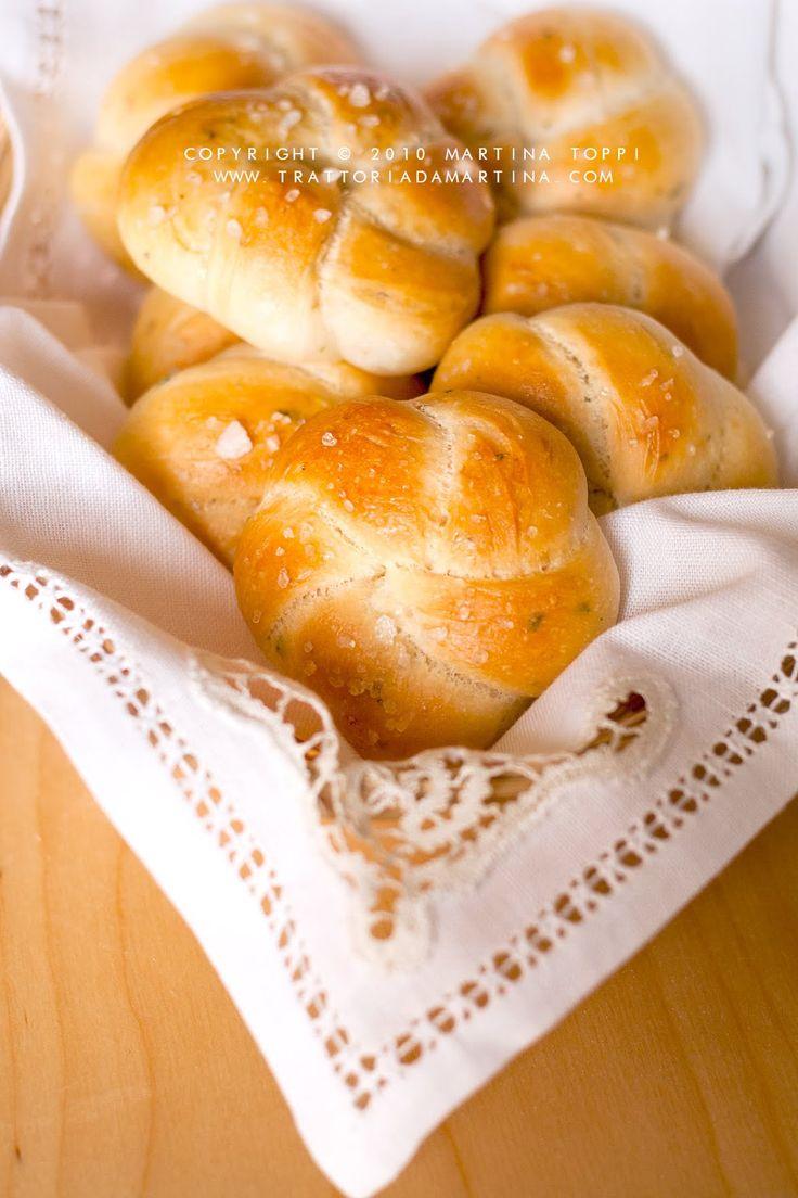 Roselline di pane aromatico alle erbette - Trattoria da Martina