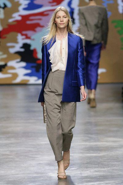 Stella McCartney at Paris Fashion Week Spring 2010 - Runway Photos