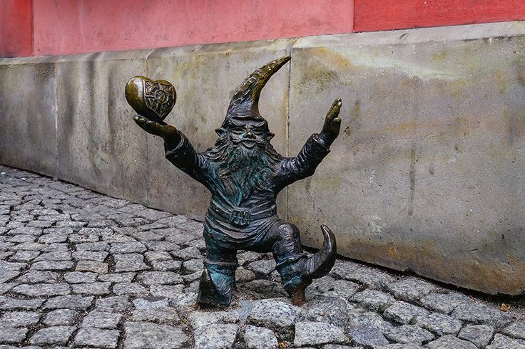 wroc lover - Gnome Hunting in Wrocław - The Department of WanderingThe Department of Wandering