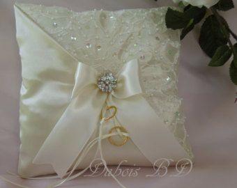 Anillo de boda portador almohada cojín por DuboisBridalDesigns