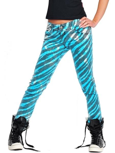 Acid wash, neon, zebra print, raver skinny jeans... love <3