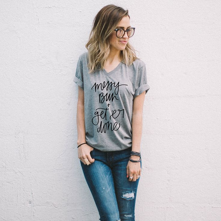 This Former Bachelorette Just Launched a Super Punny Fashion Collection via Brit + Co, Kaitlyn Bristowe, Bachelorette, The Bachelor, Bachelor In Paradise, Bachelor Nation, messy bun, hairstyle, top knot hairstyle, style blogger, fashion blogger, bachelorette style, kaitlyn bristowe style, kaitlyn bristowe hair
