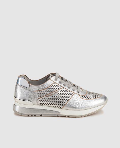 best loved da942 db424 Zapatillas deportivas de mujer Michael kors en piel metalizada de color  plata. Modelo Tilda Trainer.