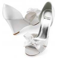 Wedding wedges from Bellissima Bridal Shoes #wedding #shoes #wedge