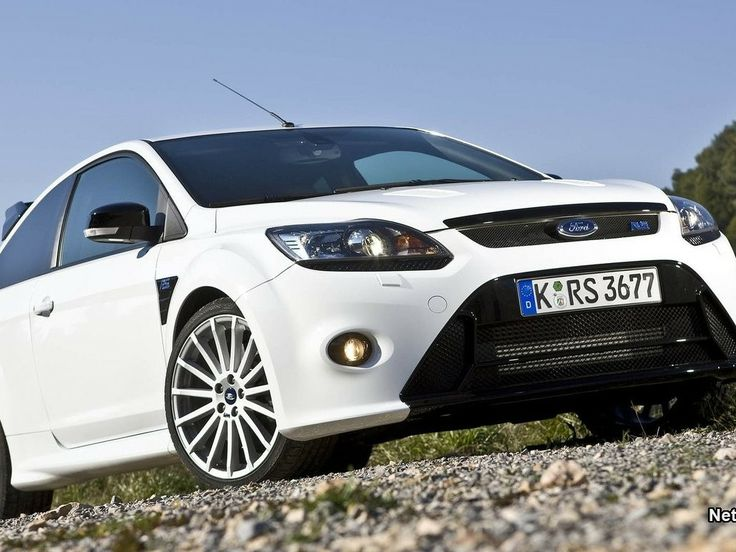 High quality photography background wallpaper ford focus hatchback white off road sporty going uphi (to get full size image visit the site)