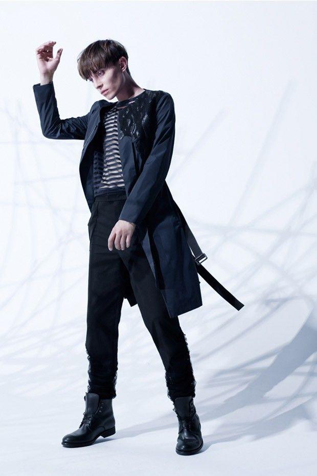 Pawel Gralevitz for And Men by Agata Mendziuk Styling: AsiaWysoczyńska&EwaCylwik | DIFERENTE Fashion Services  Coat: Abelejo  Trousers: AsiaWysoczyńska T-s: COS Shoes: KAZAR