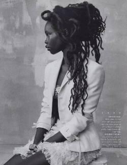 ladies crown: Hair Photography, Stunning Photography, Fashion Models, Dark Beautiful, Long Hair, Stunning Women, Big Hair, Africans Beautiful, Dreadlocks Updo