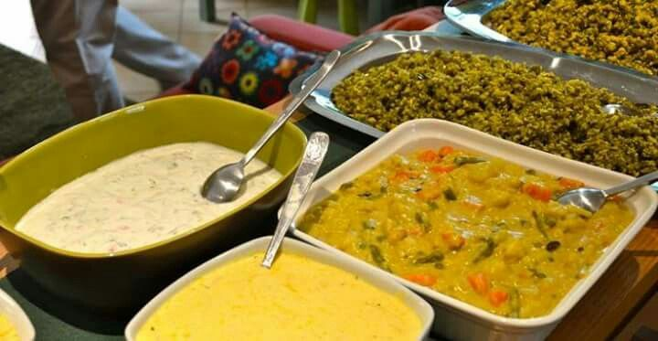 A NEW BUFFET / A NEW INDIAN BIRTHDAY PARTY ~ UN NUOVO BUFFET / UNA NUOVA FESTA INDIANA DI COMPLEANNO  * India At Your Home * #indiaatyourhome #india #indianparty #birthday #birthdayparty #indianattraction #quality #buffet #florence #firenze #table #colors #instagood #picoftheday #kerala #keralafood #lemonrice #pulishery #chickenbiryani #raita #pappadam #basheerkuttymansoor #excellentfood #indianfood #backstage