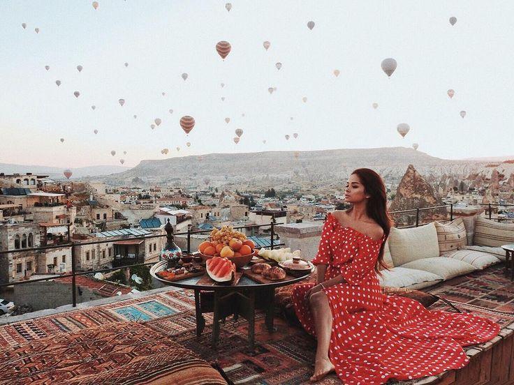 """32.7 m Gostos, 132 Comentários - A L I N A➖A K I L O V A (@alina_akilova) no Instagram: """"Когда мы с Колей в первый день поехали летать на воздушном шаре , я набрала два больших пакета…"""""""