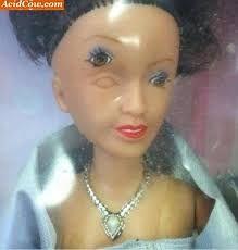 Resultado de imagem para bonecas de porcelana antigas assustadoras