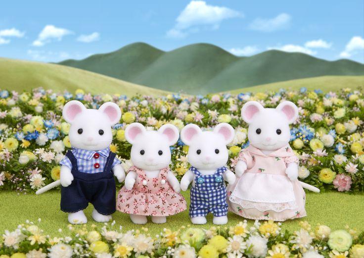 Αν τα αφήσεις θα τρυπώσουν παντού, ακόμα και στις αναμνήσεις σου. Sylvanian Families GR ♥ White Mouse Family ♥