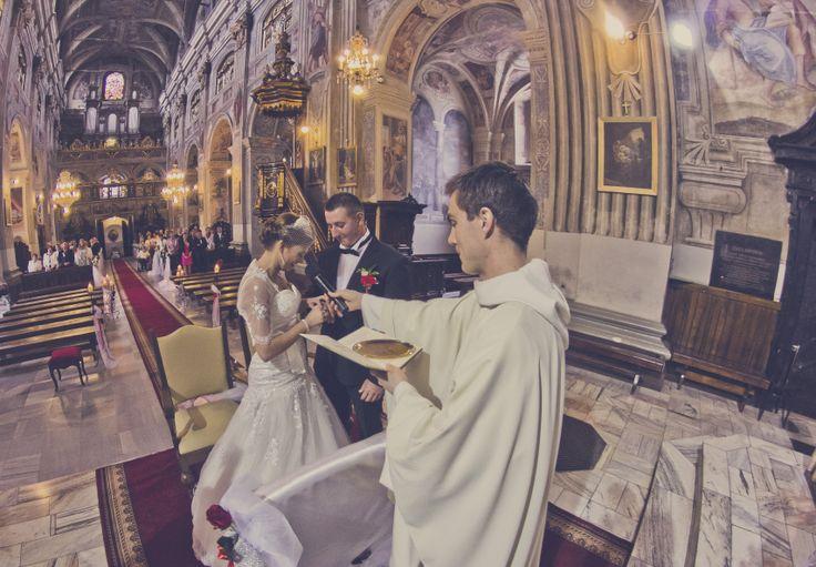 Ślub w kościele oo. Dominikanów w Jarosławiu, fot. Marcin Mituś  #dominikanie #op #dominikanin #love #wedding #ślub