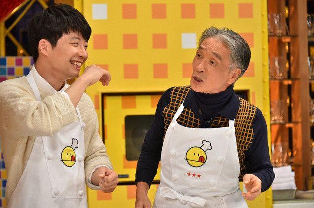 左より星野源、堺正章。 (c)TBS 2015/10/24放送 「新チューボーですよ」から
